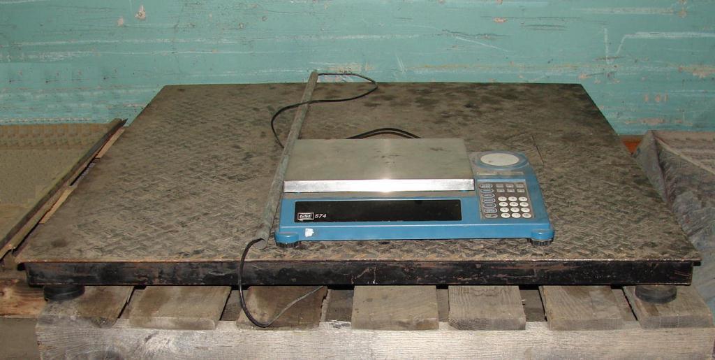 48 x 48 1000 lb platform scale on load cells.1