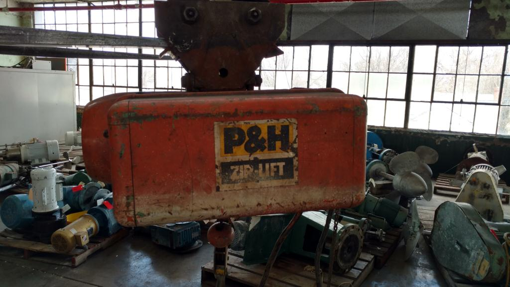 1/2 ton P&H cable hoist with manual trolley1