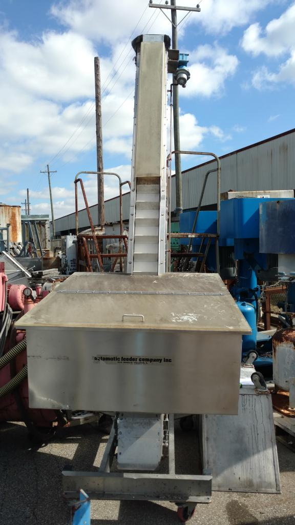 Hoppman stainless steel incline conveyor
