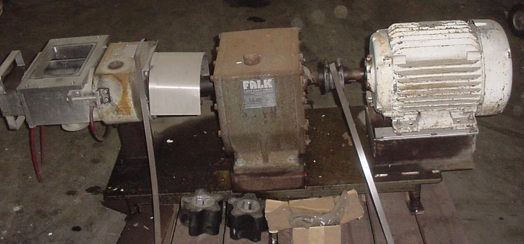 Pump APV positive displacement pump model R700RI, 20 hp, 316 SS1
