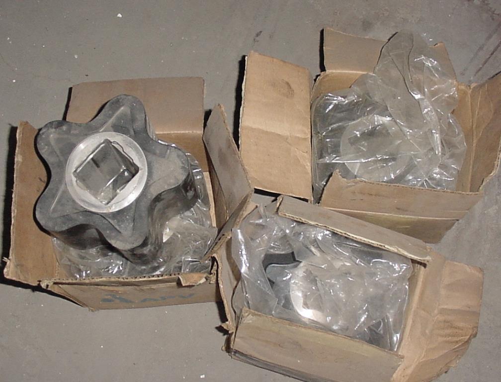 Pump APV positive displacement pump model 700, 10 hp, 316 SS2