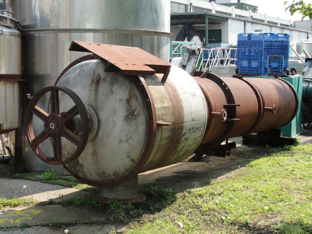 Evaporator 97 sq.ft. Rodney Hunt thin film evaporator, 316 SS5