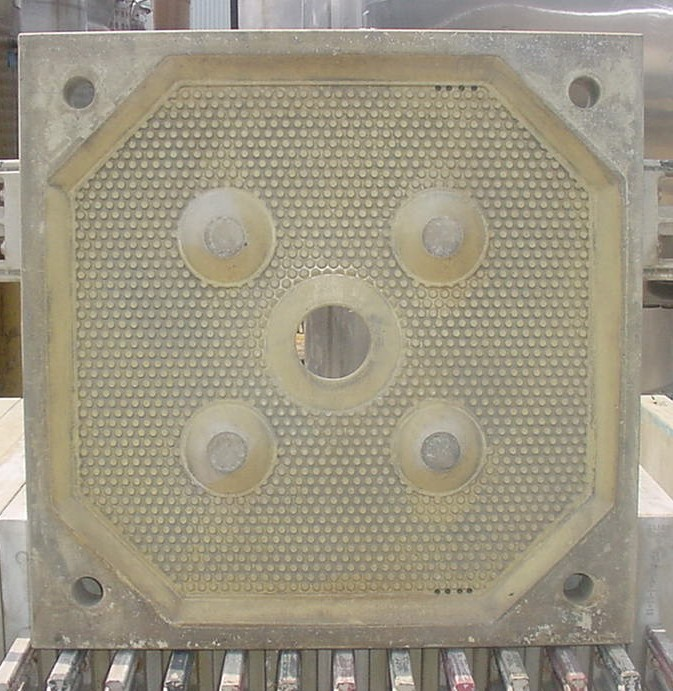 Filtration Equipment 7.25 cu.ft. Perrin recessed plate filter press Polyethylene2