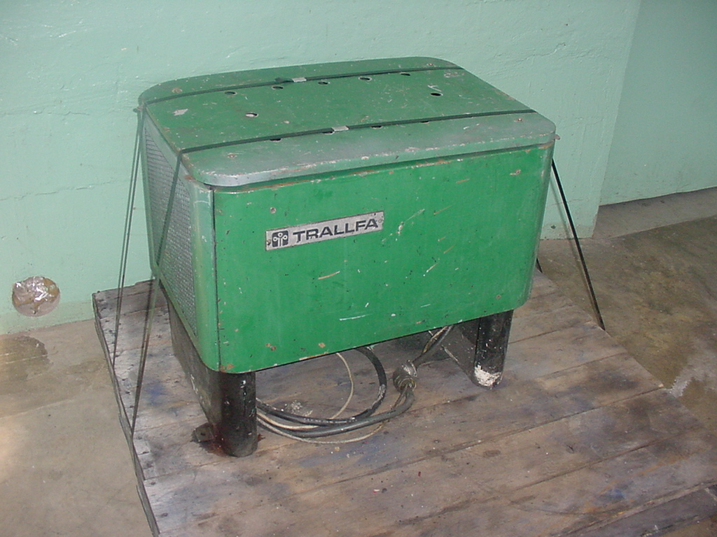 Pump 5 hp Trallfa hydraulic power unit1