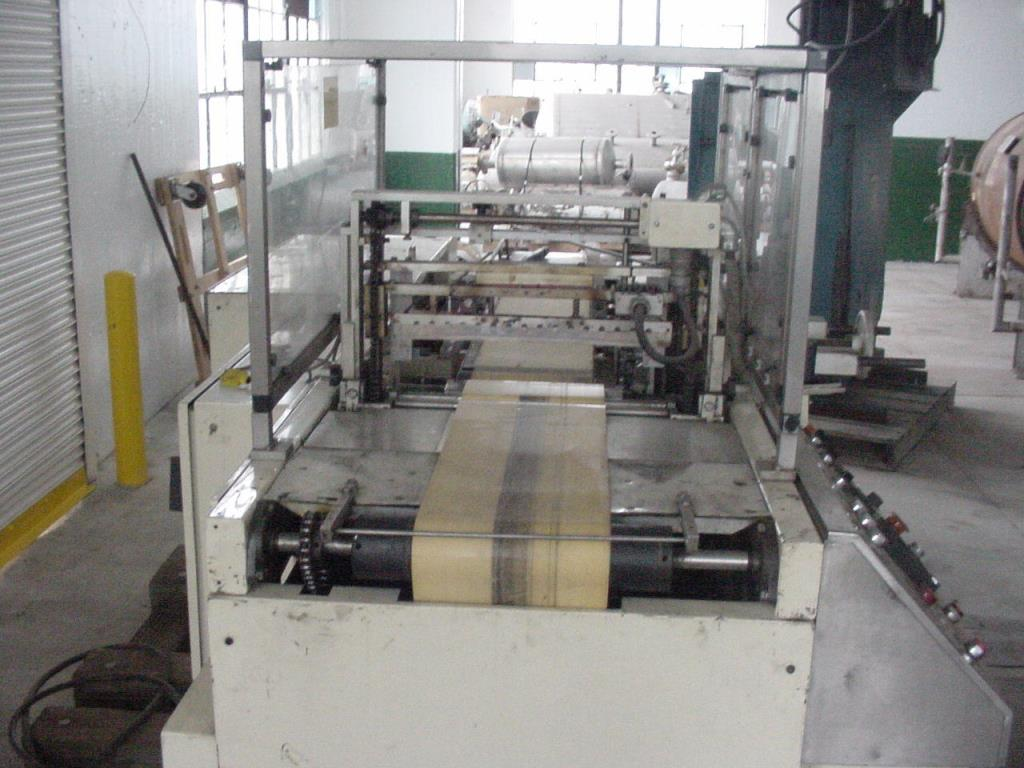 Wrapper Great Lakes automatic shrink wrapping machine model TS-37, speed Up to 70 ppm2