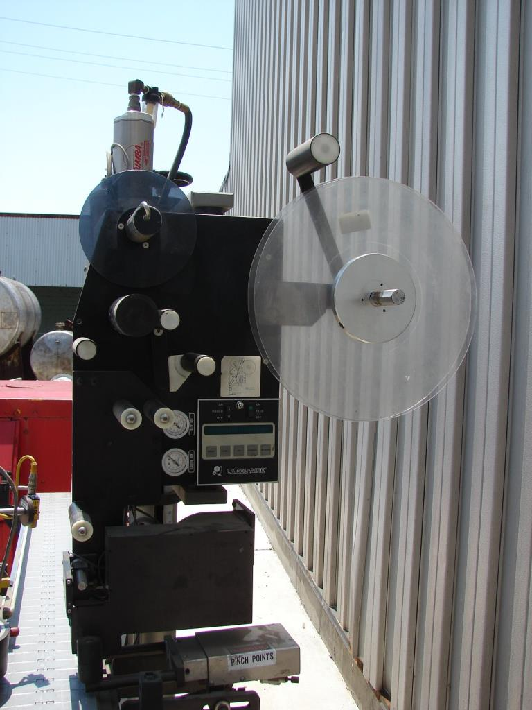 Labeler Label-Aire pressure sensitive labeler model 2111CD, Blow On3
