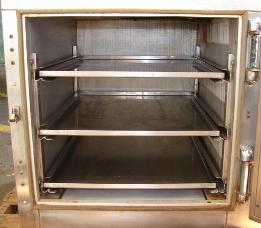 Oven 4.5 cu. ft. capacity BK Industries industrial electric oven, model HHC2