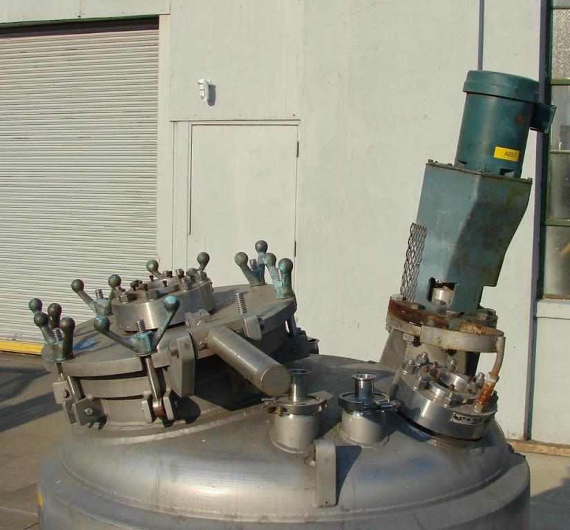 Reactor 200 gallon Mueller chemical reactor, 50 psi internal, 150 psi jacket, 1 hp agitator5