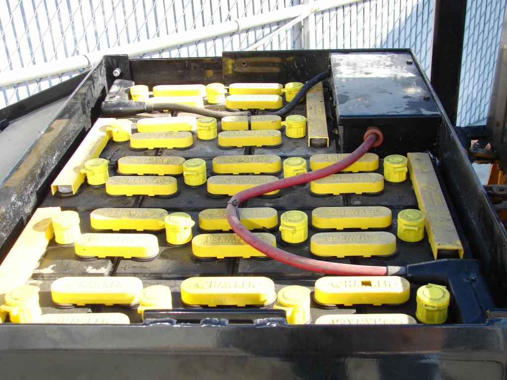 Forklift 4,000 lbs. Drexel electric forklift model FL40EX3