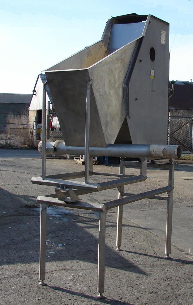 Screener and Sifter hydrasieve, up to 15 gpm Andritz rectangular shaker screener, 316 SS1