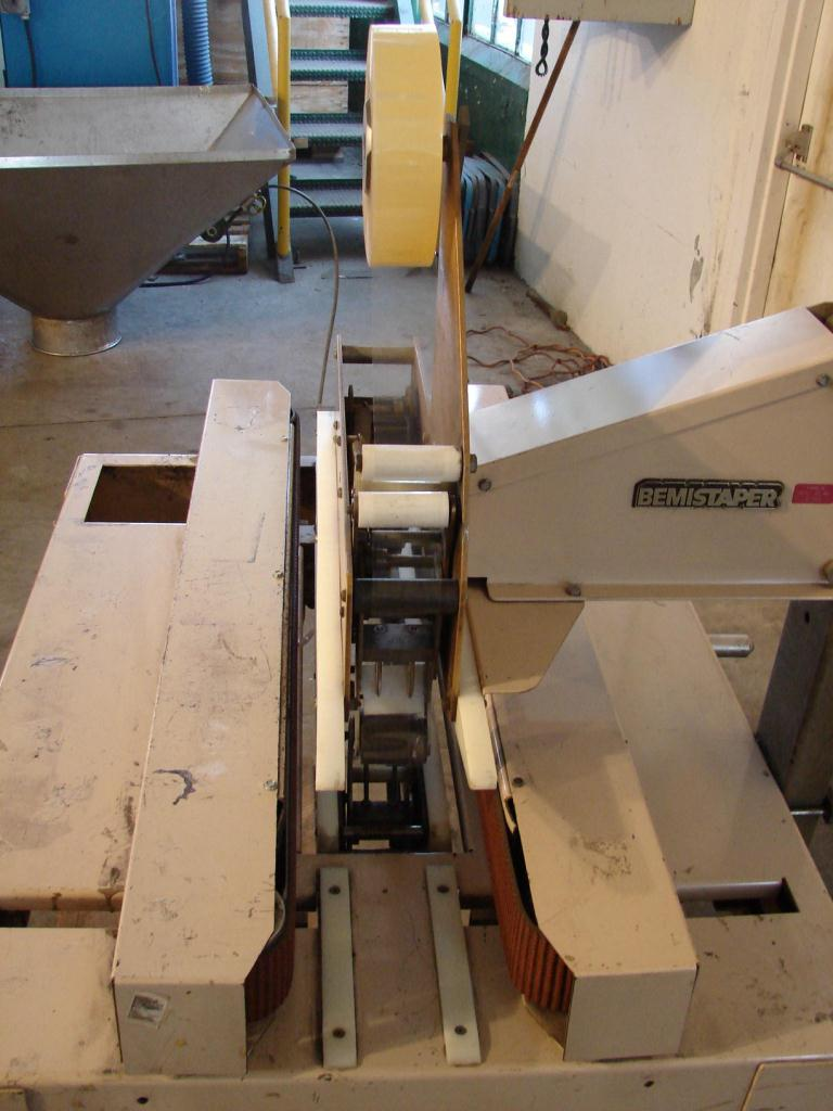 Case Sealer Bemis top and bottom case taper2