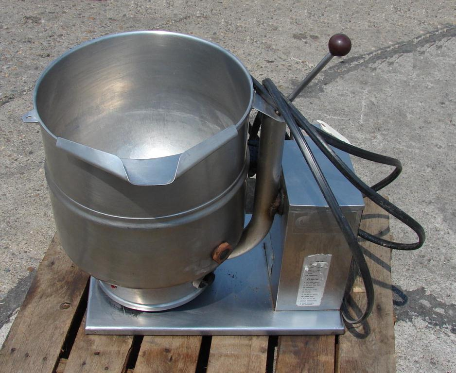Kettle 10 gallon Groen hemispherical bottom kettle, 50 psi jacket rating, Stainless Steel Contact Parts