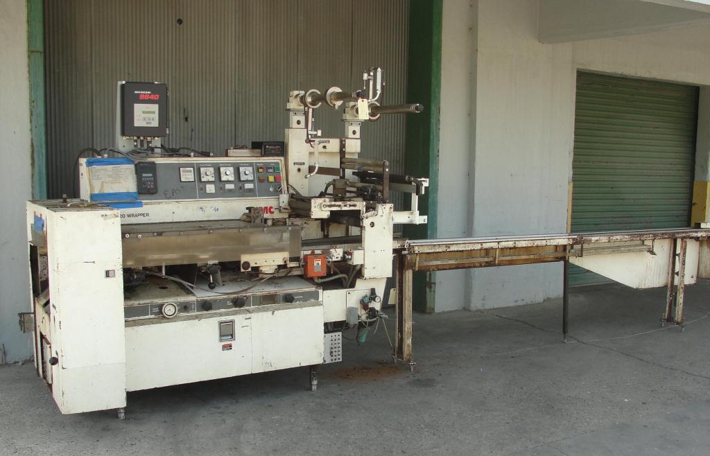 Wrapper FMC horizontal flow wrapping machine model WA520, speed 200 ppm1