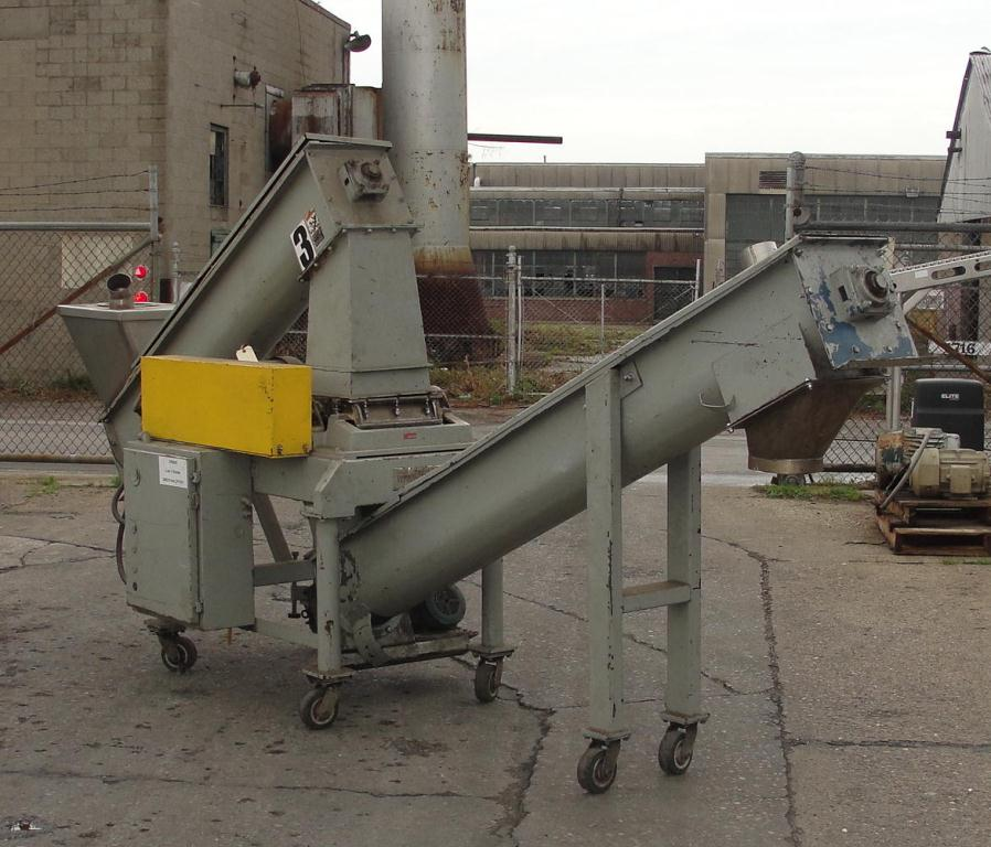 Mill Fitzpatrick model D Fitzmill, CS, 10 hp, screw type feed