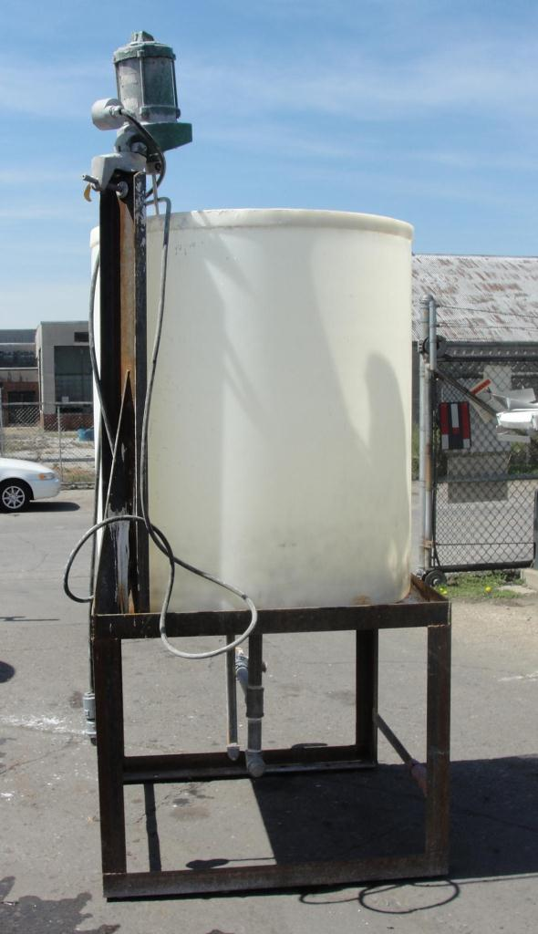 Tank 300 gallon vertical tank, Polyethylene, 3/4 hp agitator, dish bottom