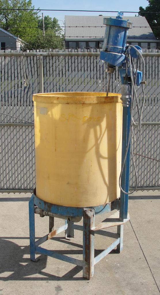 Tank 95 gallon vertical tank, Polyethylene, 1/3 hp agitator, dish bottom