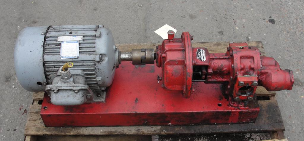 Pump 2 inlet Roper positive displacement pump model 4611 MGHBFRV, 3 hp, CS