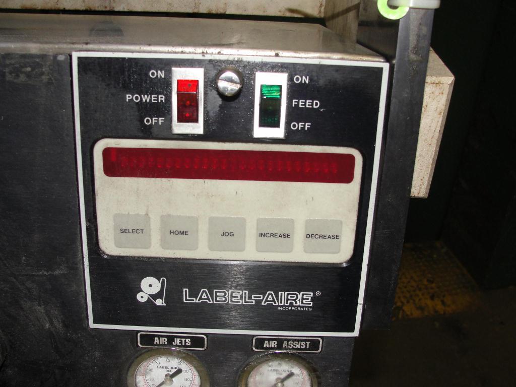 Labeler Label-Aire pressure sensitive labeler model 2111M, blow on, 1500 fpm3