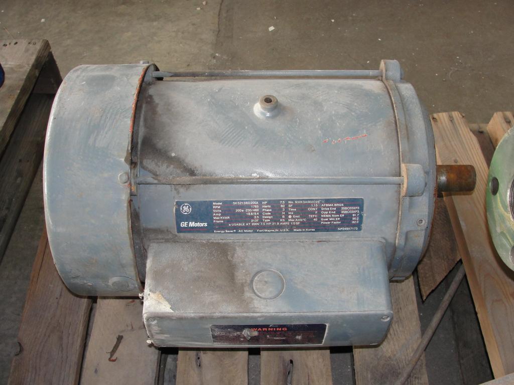 Pump 3x2x10.125 Deming vertical centrifugal pump model 5562/2M, 316 SS3