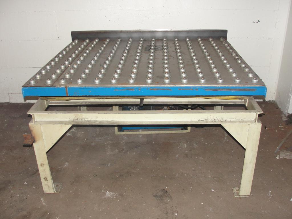 Material Handling Equipment scissor lift table, 2000 lbs. Advance Lifts Inc model AL-236, 55.5 x 48 platform1