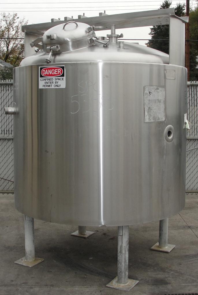Kettle 400 gallon Groen hemispherical bottom kettle, scrape agitator, 100 psi jacket rating, 316 SS2