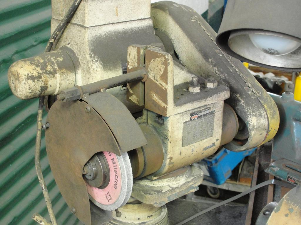 Machine Tool K.O. Lee Co. tool sharpener model BA9603