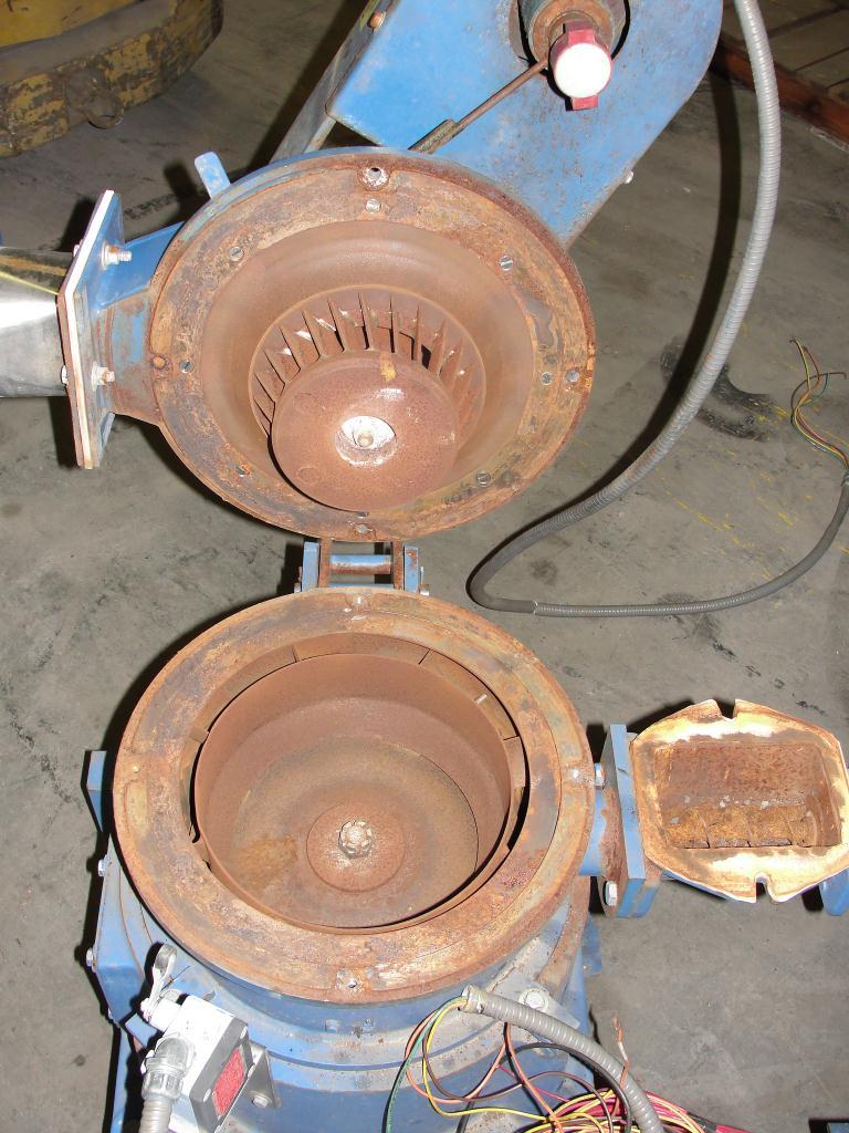 Pulverizer 10ACM Hosokawa Mikro pulverizer mill, 8 feed, CS, 10 hp3