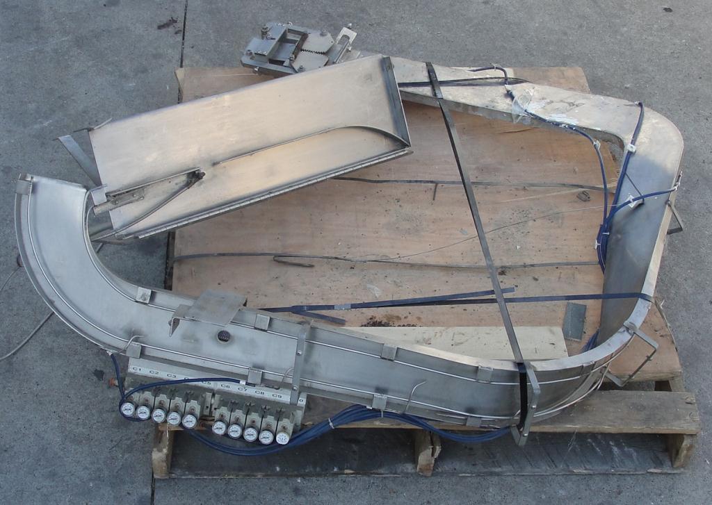 Capping Machine Portola Packaging overcapper model DU23146, 126 mm2