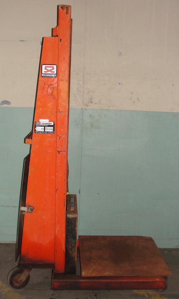 Material Handling Equipment 1500 lbs capacity Economy drum lift model CWK-72, 72 lift height2