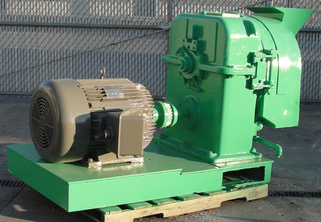 Mill 60 hp Richard Sizer Ltd pellet mill model Orbit 70, 14 diameter die3