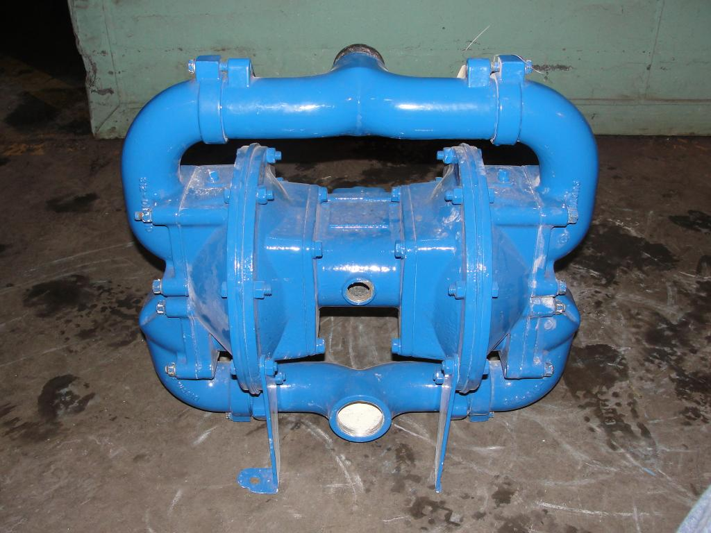Pump 2 Warren-Rupp/ Sandpiper diaphragm pump, Aluminum2
