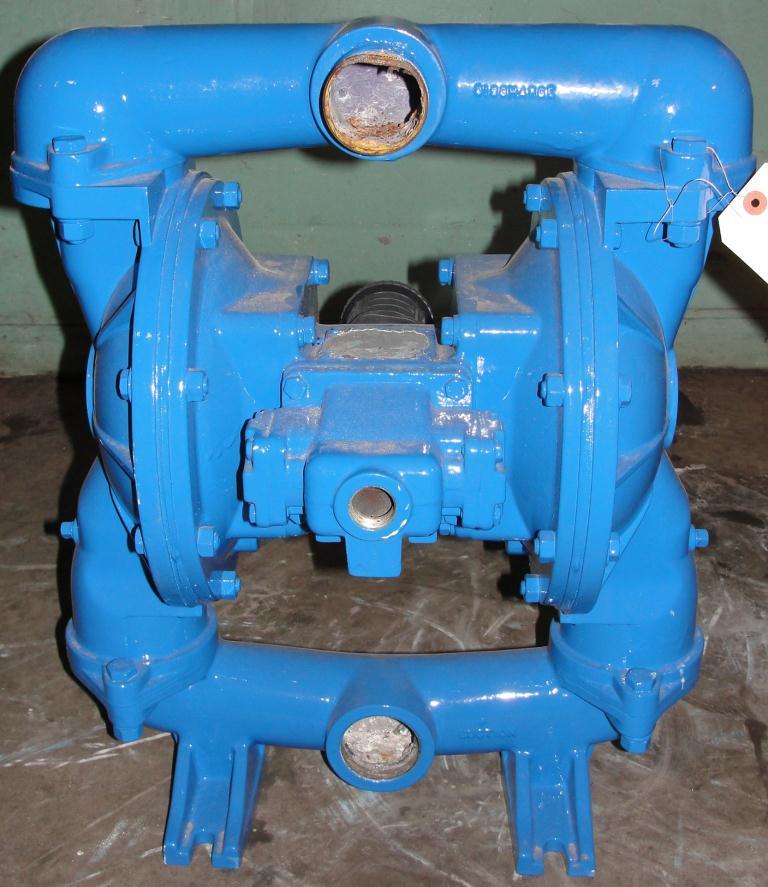 Pump 2 Warren-Rupp/ Sandpiper diaphragm pump, Aluminum2