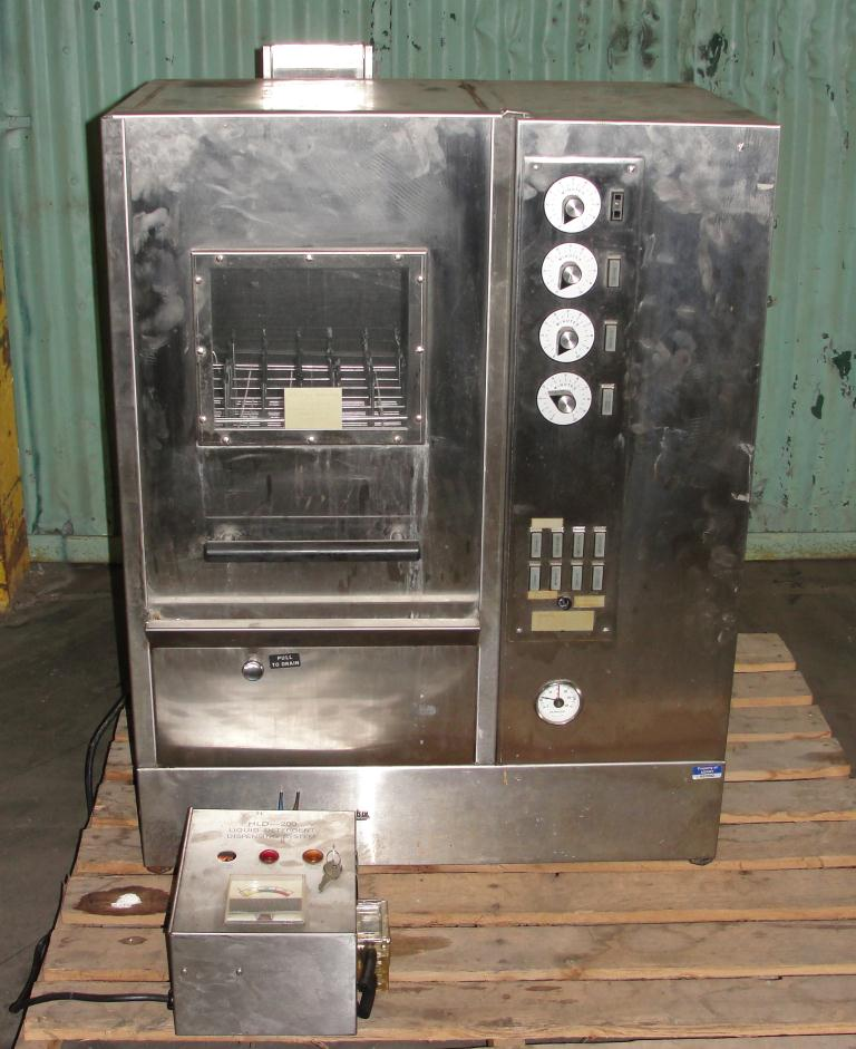 Washer Heinicke Instruments Co 1 stage, spray washer, 18 wide x 18 tall x 14 deep work opening, Stainless Steel