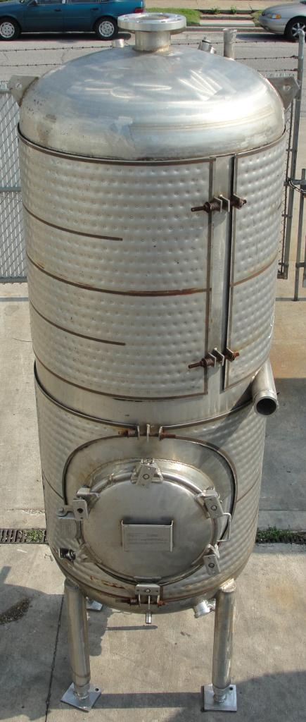 Tank 375 gallon vertical tank, Stainless Steel, 150 psi @ 400° F jacket, dish bottom4