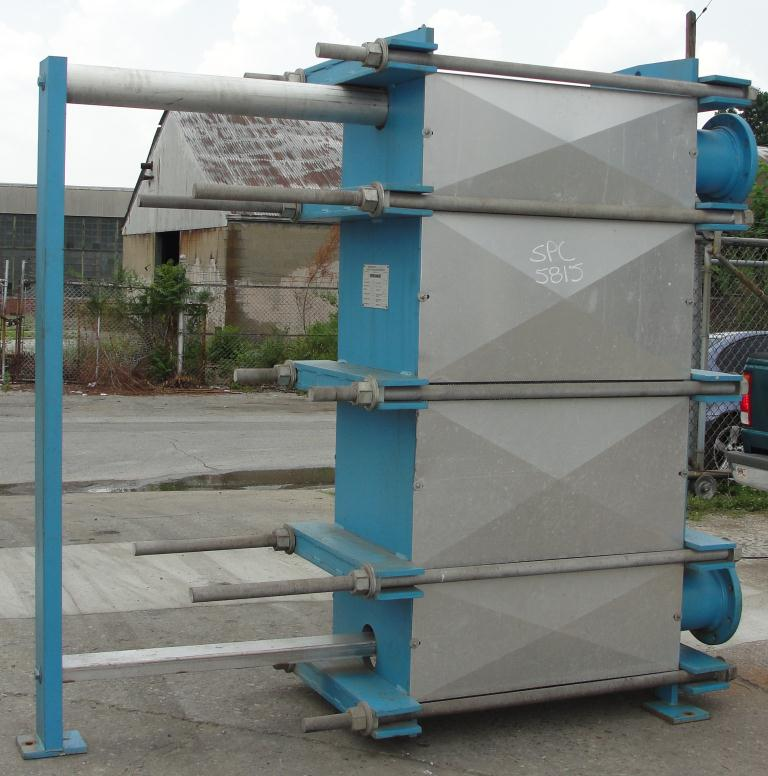 Heat Exchanger 1922 sq.ft. Tranter plate heat exchanger, Stainless Steel3
