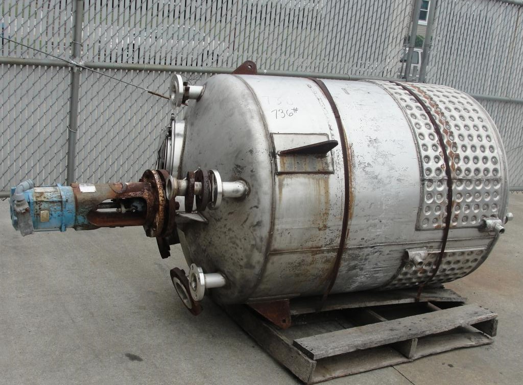 Tank 250 gallon vertical tank, Stainless Steel, 25 psi @ 350° F internal, 125 psi @ 350° F half jacket, .75 hp agitator, conical Bottom