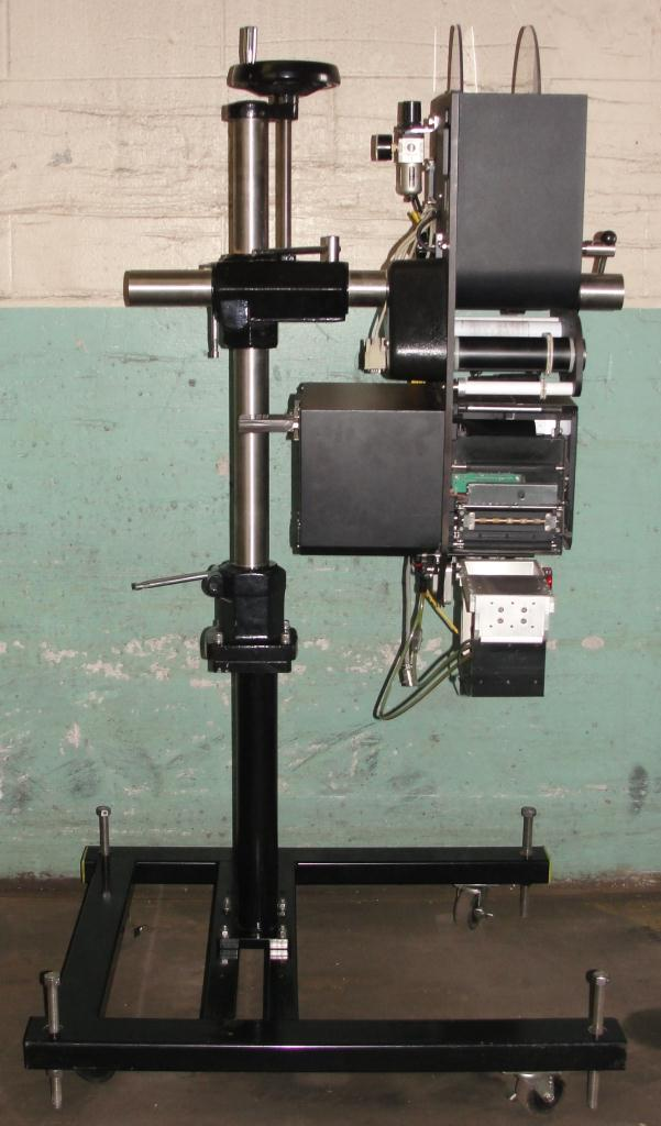 Labeler Loveshaw pressure sensitive labeler model Little David LS-800-T-G, blow-on, 16 per second4