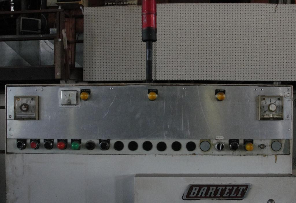 Form Fill and Seal KHS Klockner Bartelt horizontal form fill seal model IM7-14, up to 100 ppm5