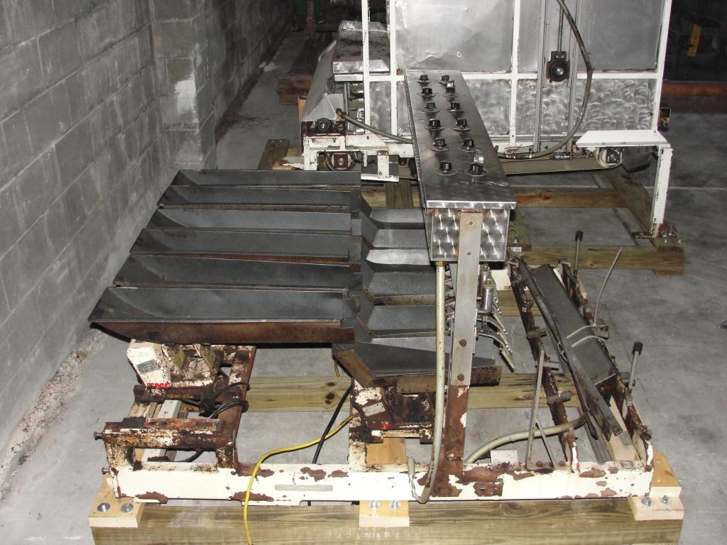 Form Fill and Seal KHS Klockner Bartelt horizontal form fill seal model IM7-14, 6 lane Eagle scales, up to 100 ppm16