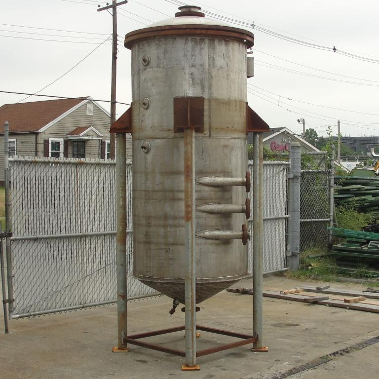 Tank 500 gallon vertical tank, Stainless Steel, 90 psi @ 330° F dimple jacket, conical bottom5