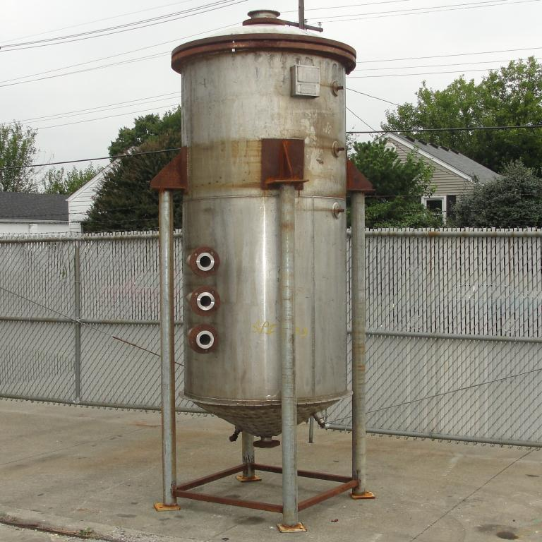 Tank 500 gallon vertical tank, Stainless Steel, 90 psi @ 330° F dimple jacket, conical bottom6