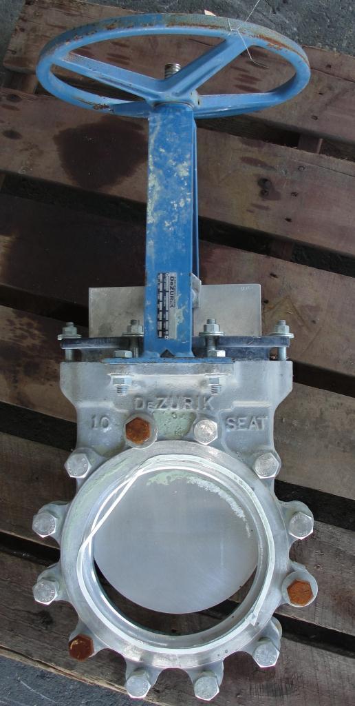 Valve 10 dia Dezurik gate valve, hand wheel, 304 SS2