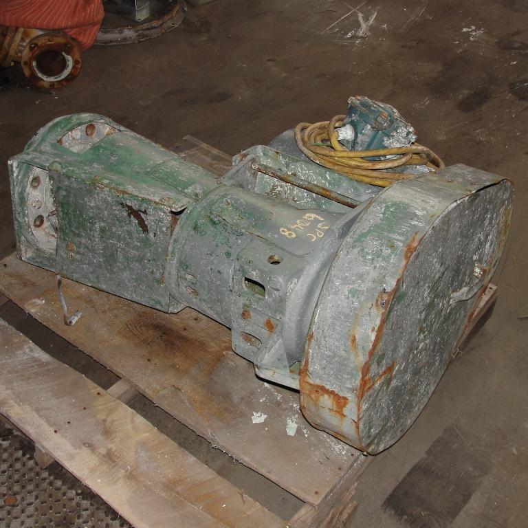 Agitator 10 hp Lightnin side mount agitator model 108VSEDS104