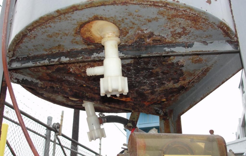 Tank 45 gallon vertical tank, Polyethylene, flat Bottom4
