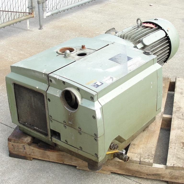 Pump 283 cfm Becker Pumps Corp vacuum pump model U4.400 SA/K 15 hp, Aluminum1