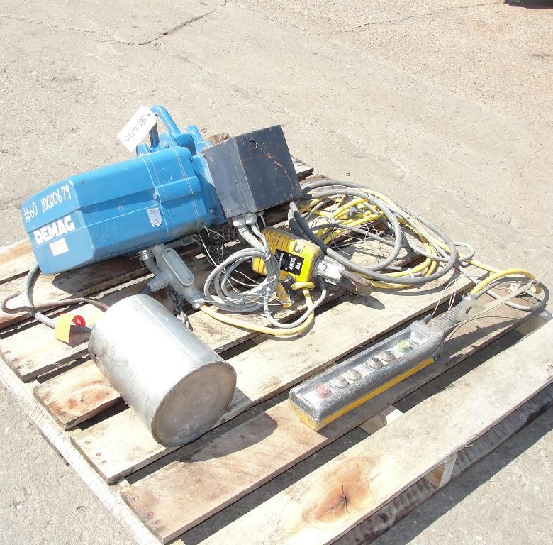 Material Handling Equipment chain hoist, 2000 lbs. Demag 13 long chain5