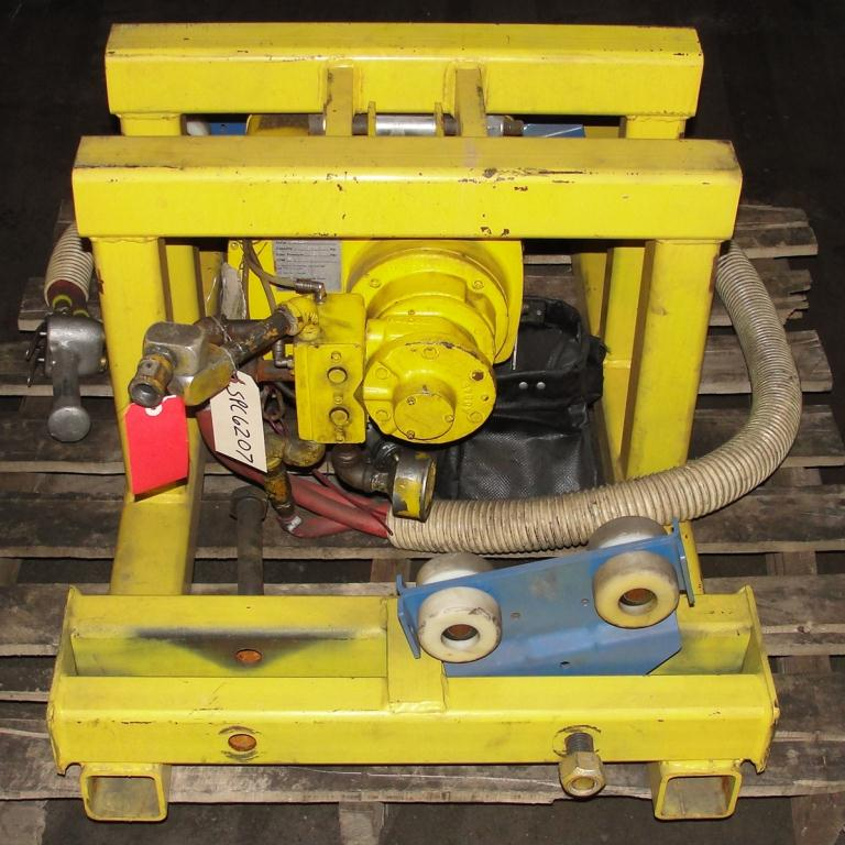 Material Handling Equipment chain hoist, 2000 lbs. Yale model Kal1-10LG23S14