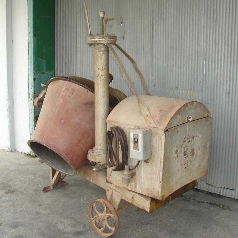 Miscellaneous Equipment concrete mixer 5 Cuft, CS3