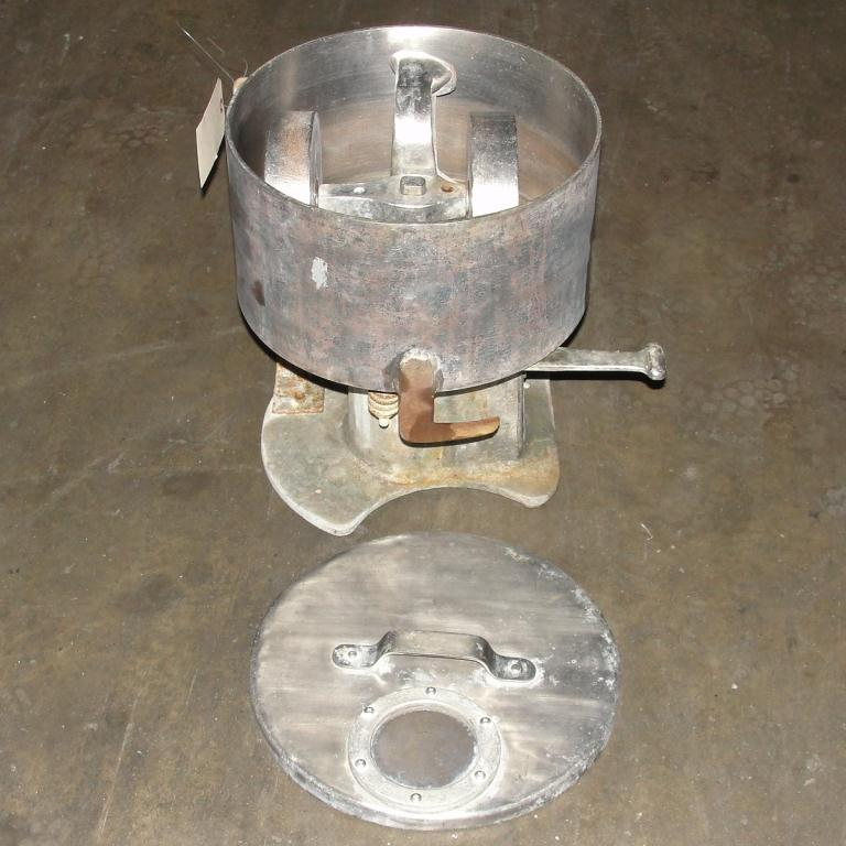 Mill 12 diameter bowl Cincinnati Muller Co mix muller4