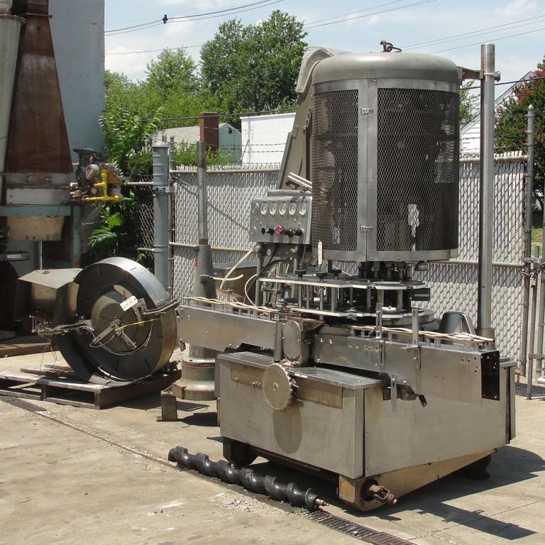 Capping Machine Pneumatic Scale Corp screw capper model Pneuma-Capper, 240 bpm2